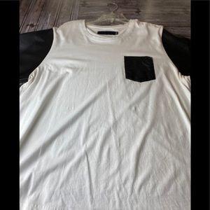 Akademiks women's pocketed tee shirt